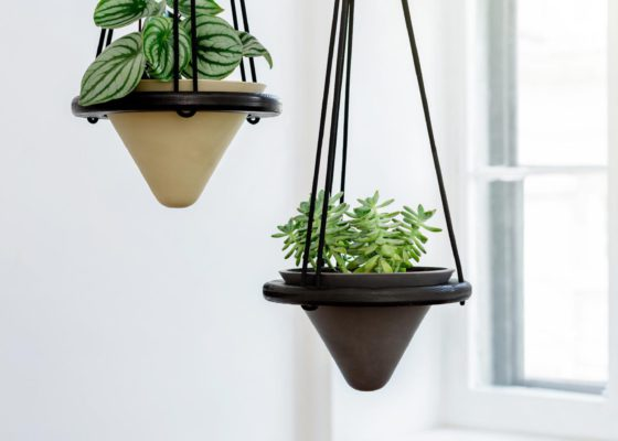 Suspended_Planter